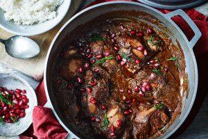 Khoresht-e Fesenjan (Walnut Stew)