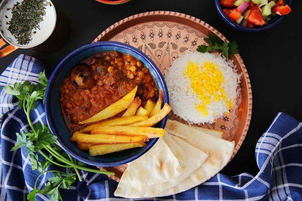 Khoresht-e Gheimeh (Yellow split peas Stew)
